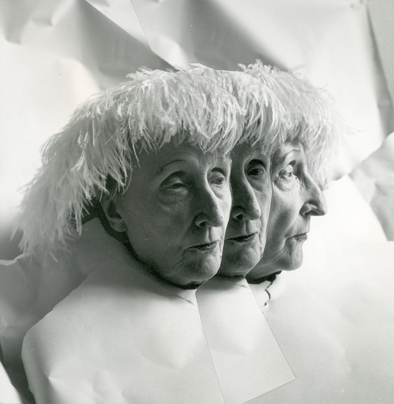 03-beaton-1962-edith-sitwell-multiple-exposure