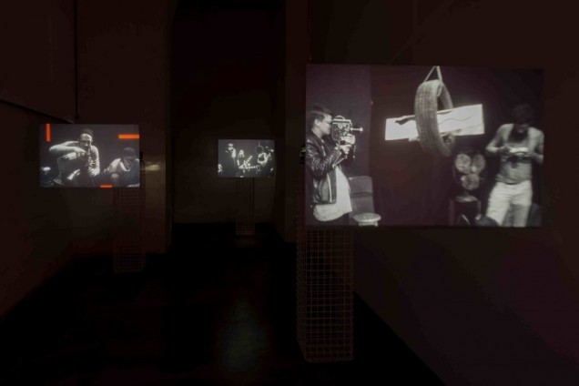 <em>Installation view of Film as Sculpture</em> (07.06 – 18.08.2013) with Karthik Pandian : Carousel (2012) at WIELS, Brussels. Photo : Filip Vanzieleghem.